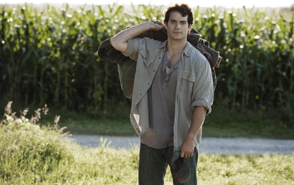 """O jornalista Clark Kent em cena de """"Homem de Aço"""""""