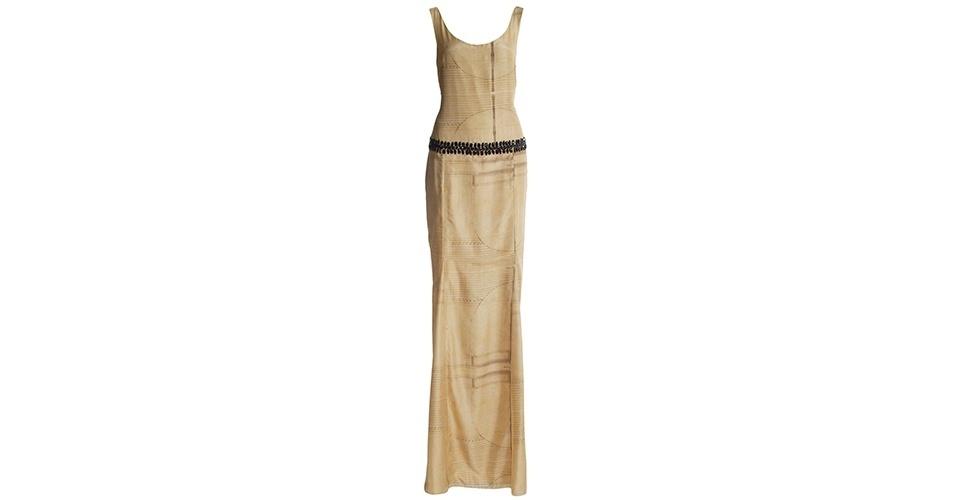 Vestido longo com cinto bordado; R$ 2.630, na Emanuelle Junqueira (www.emannuellejunqueira.com.br). Preço pesquisado em junho de 2013 e sujeito a alterações