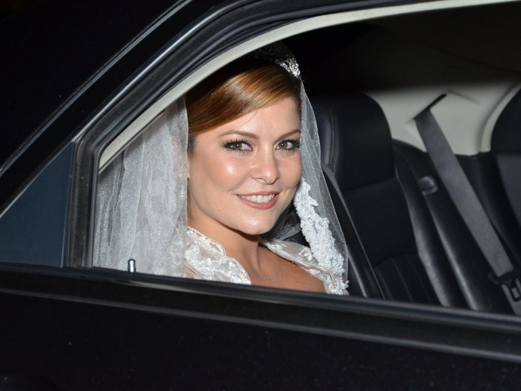 14.jun.2013 - A atriz Bárbara Borges se casa no Rio Janeiro