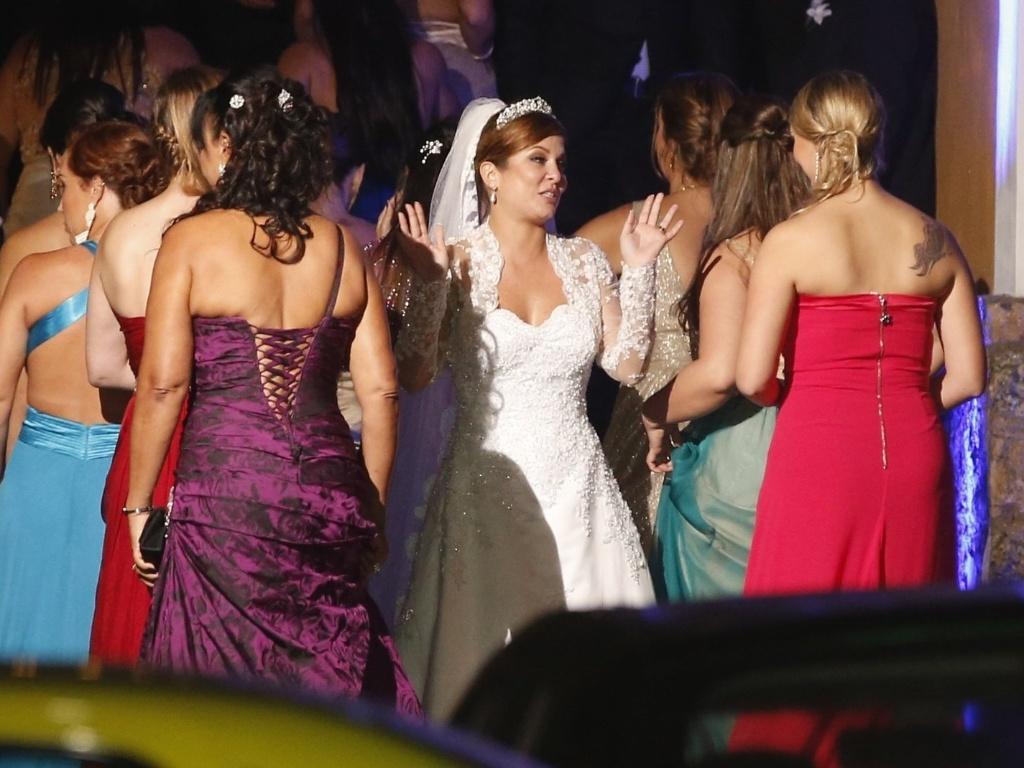 14.jun.2013 - Aos 34, a atriz começou a carreira na TV como paquita da Xuxa