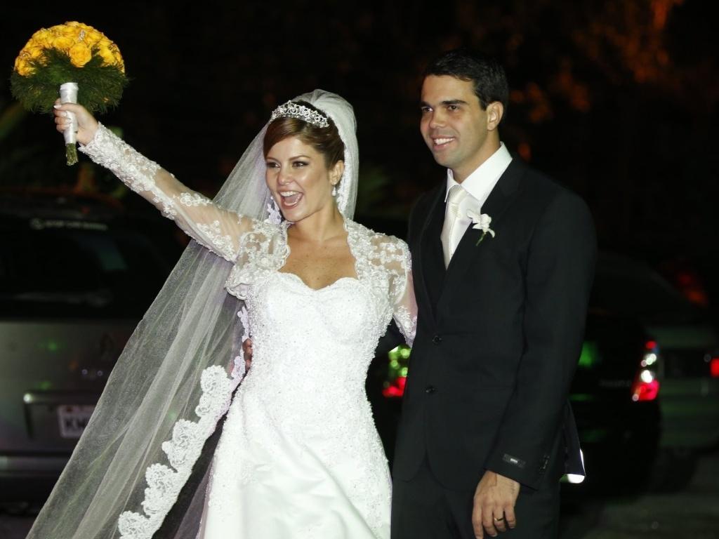 14.jun.2013 - Bárbara Borges se casa com o empresário Pedro Delfino em casa festas no Alto da Boa Vista, no Rio de Janeiro
