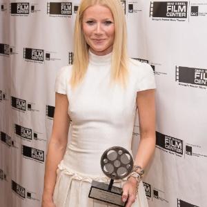 "Gwyneth Paltrow disse que é viciada em sexo no programa ""Chelsea Lately"""
