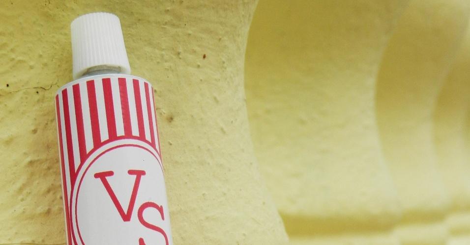 Bisnaga de brigadeiro com embalagem personalizada; da Cadô Presentes (www.cadopresentes.com.br), por R$ 5,50. Disponibilidade e preço pesquisados em junho de 2013 e sujeito a alterações