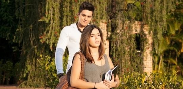 Luan Santana e Giovanna Lancellotti em cena do clipe