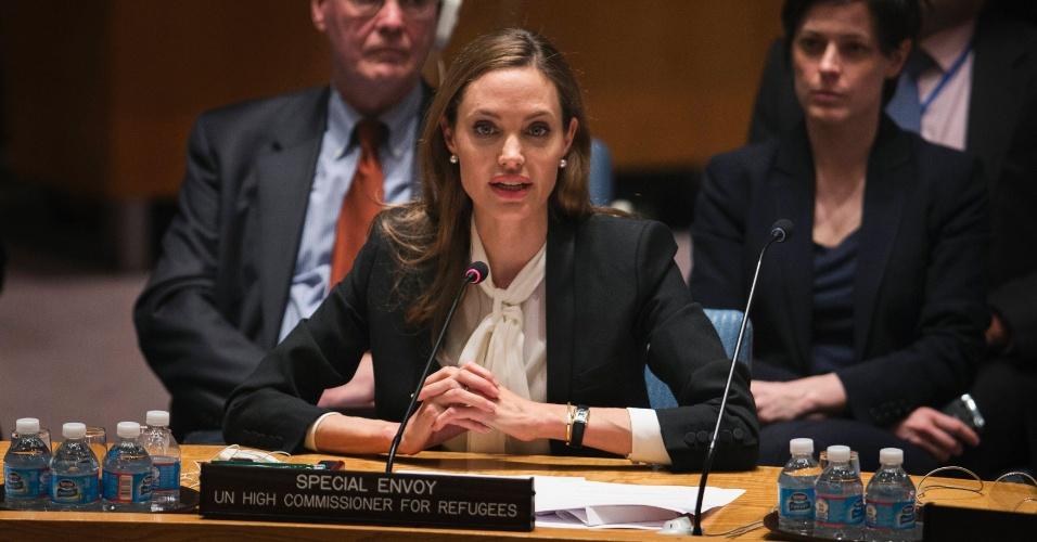 24.jun.2013 - A atriz Angelina Jolie, que é enviada especial do Alto Comissariado da ONU para Refugiados, discursa em reunião do Conselho de Segurança