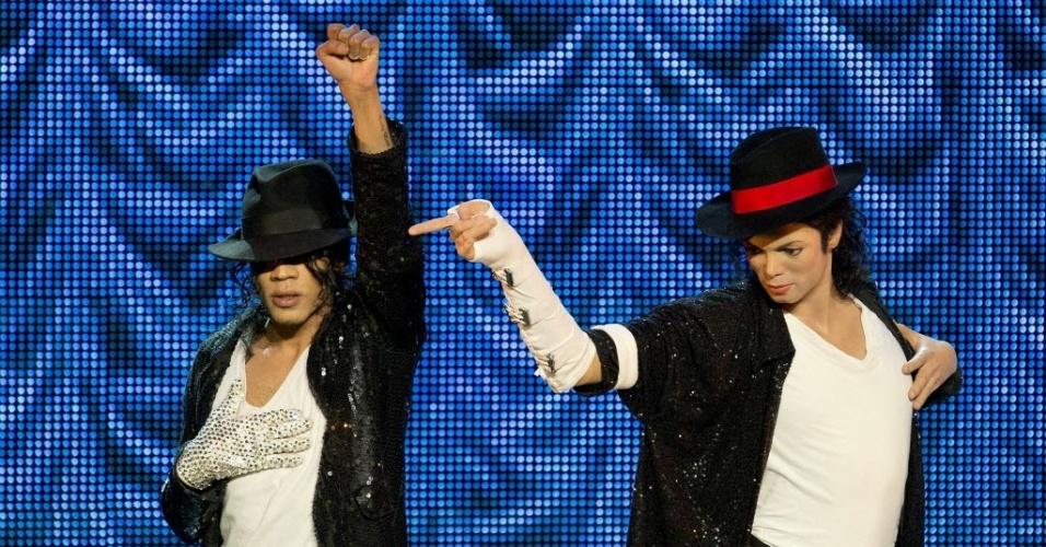 Em comemoração ao quarto aniversário de morte de Michael Jackson, museu Madame Tussauds exibe estátua de cera
