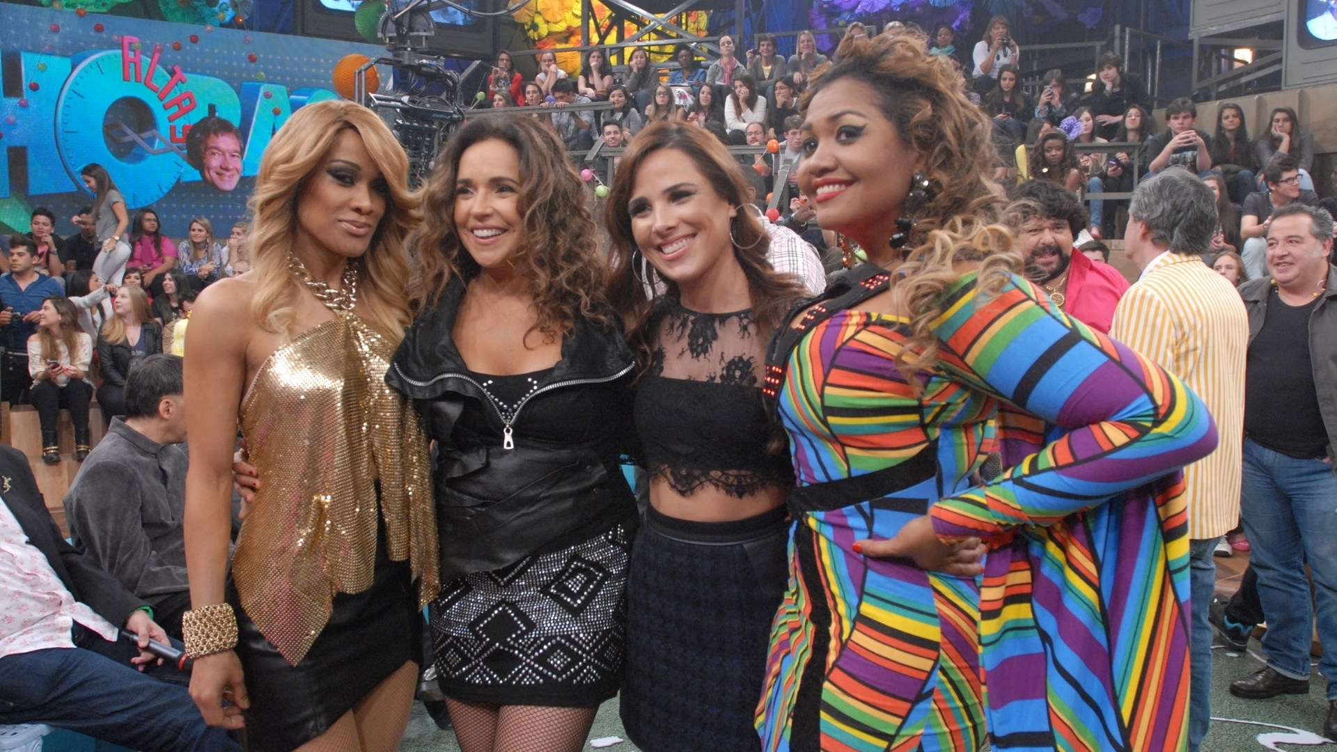 O time feminino foi representado por Leilah Moreno, Daniela Mercury, Wanessa e Gaby Amarantos