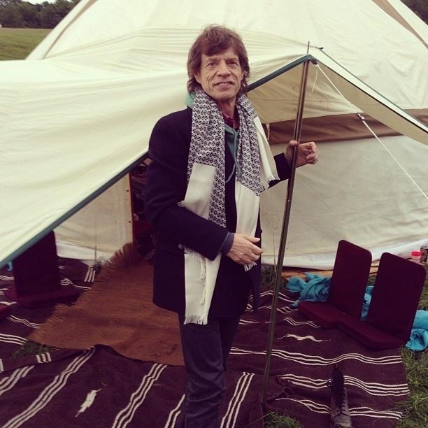 Mick Jagger publica foto de sua tenda luxuosa no festival Glastonbury, no sudoeste da Inglaterra