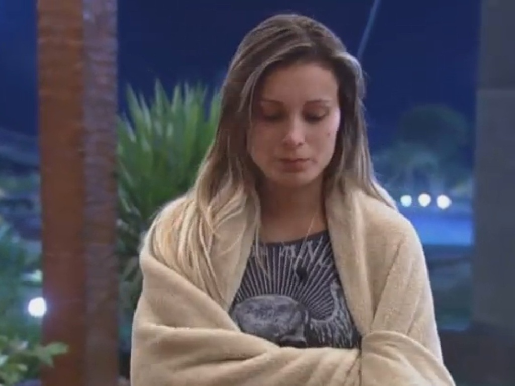 30.jun.2013 - Andressa Urach perde sono após dia em que foi indicada para roça