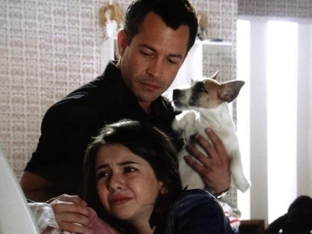 """Em """"Amor à Vida"""", Paloma chora ao ver declaração de amor entre Paulinha e Bruno"""