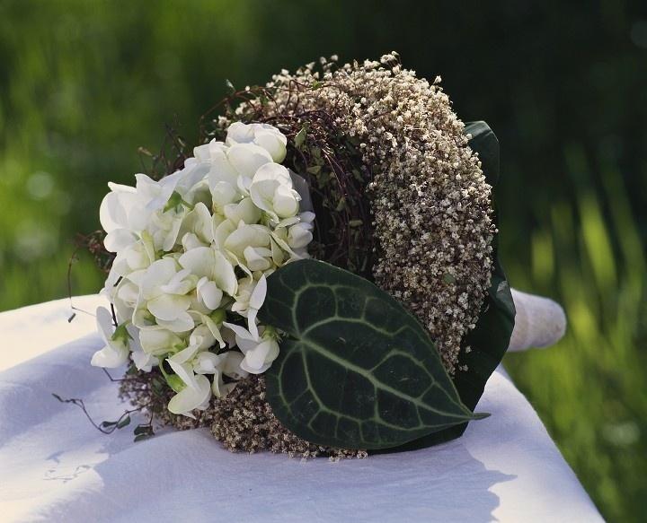 Buquê em forma de ninho pode tanto ser usado pela noiva quanto na decoração do ambiente