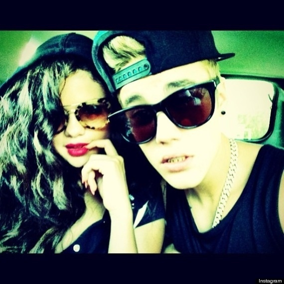 5.jul.2013 - Justin Bieber publica foto ao lado de Selena Gomez e levanta rumores de que reataram o namoro