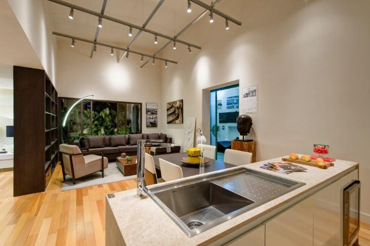 Salas de estar modernas decoradas decorao para tattoo - Mesas de sala modernas ...