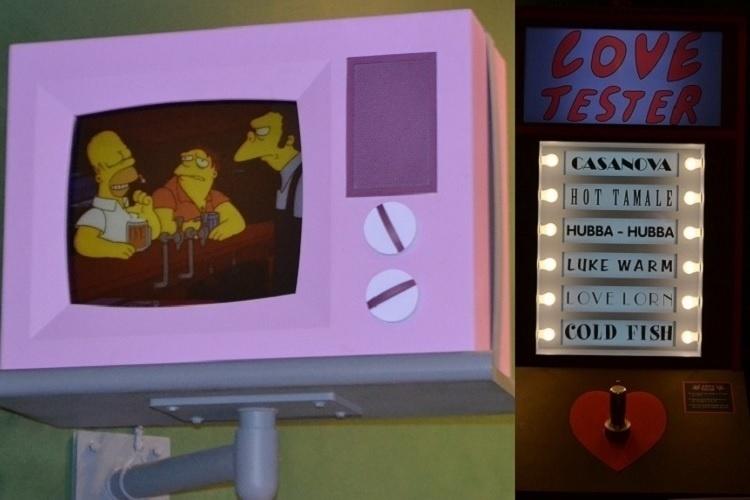 """As referências às histórias dos simpáticos personagens amarelos de Matt Groening estão por toda parte na nova área de alimentação do Universal Studios Florida, baseada na série de TV """"Os Simpsons"""""""