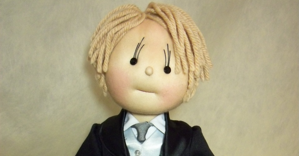 Boneco de pajem; da Arte Sã, por Ilma Brescia (www.ilmabrescia.com.br), por R$ 480 (unidade). Disponibilidade e preço pesquisados em julho de 2013 e sujeito a alterações