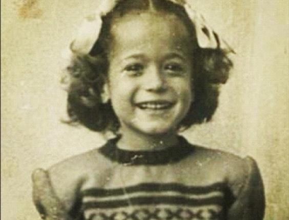 12.out.2012 - Susana Vieira publica foto em seu Instagram de quando ainda era criança