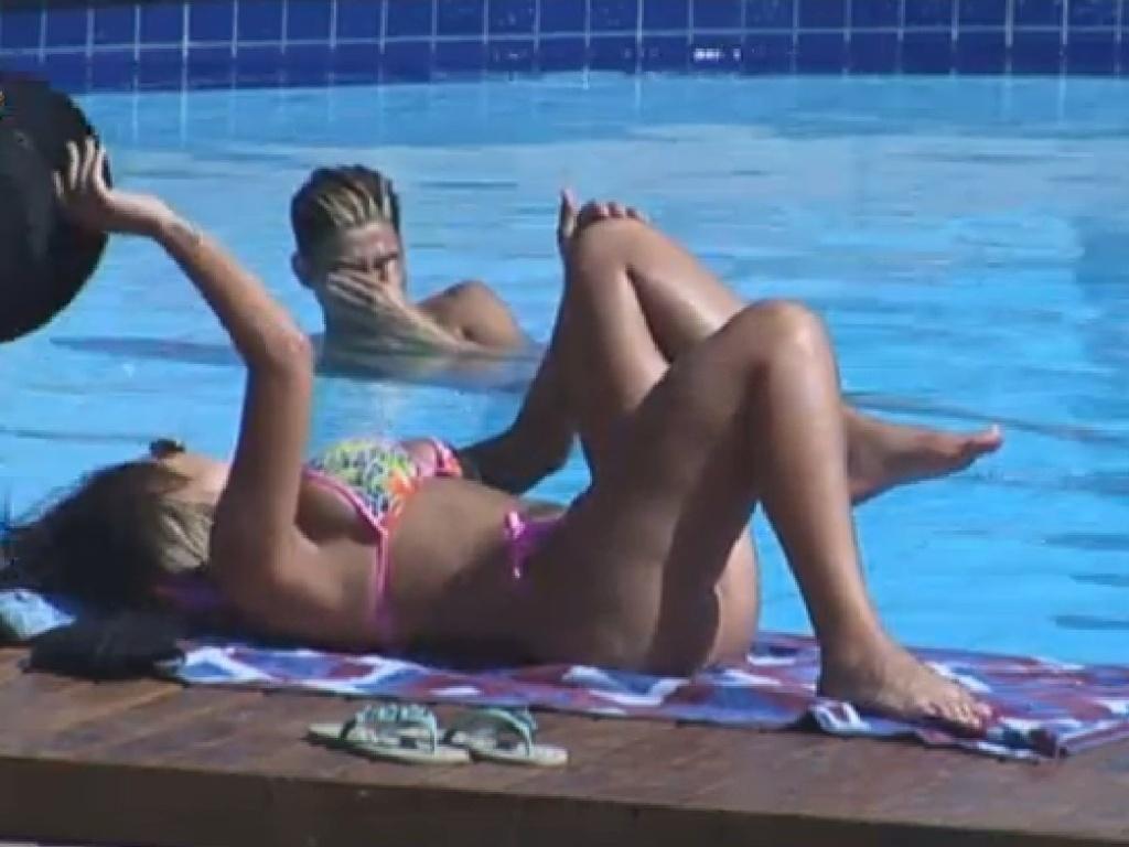 Andressa Urach e Yudi provocam Denise Rocha