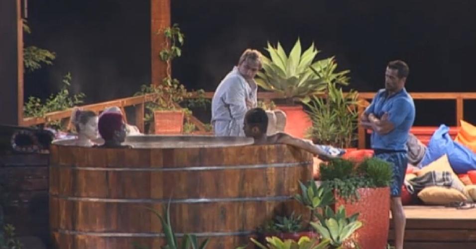 14.jul.2013 - Marcos Oliver diz que irá tatuar a chave que o colocou na final do programa