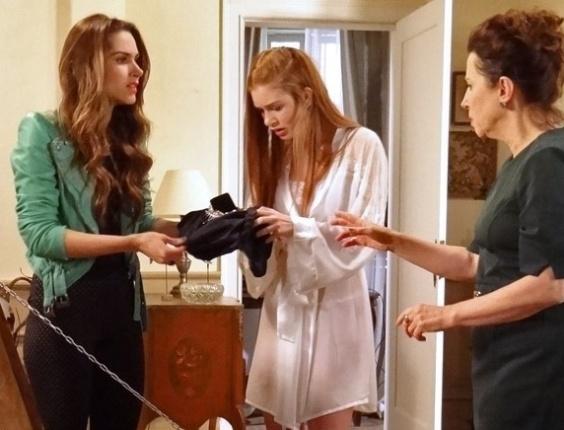 """Em """"Amor à Vida"""", Nicole demite Lídia após armação de Leila"""