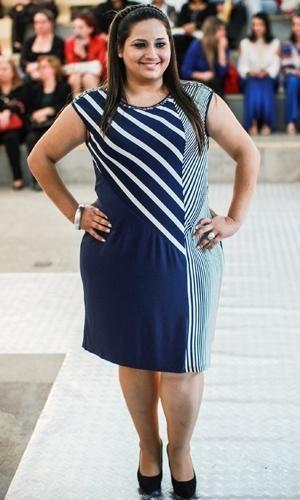 Modelo apresenta look da Ênfase Plus para o Verão 2014 durante o desfile Mulheres Reais, em São Paulo (16/07/2013)