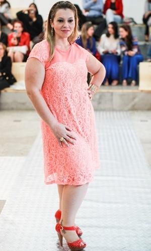 Modelo apresenta look da Predilect's para o Verão 2014 durante o desfile Mulheres Reais, em São Paulo (16/07/2013)