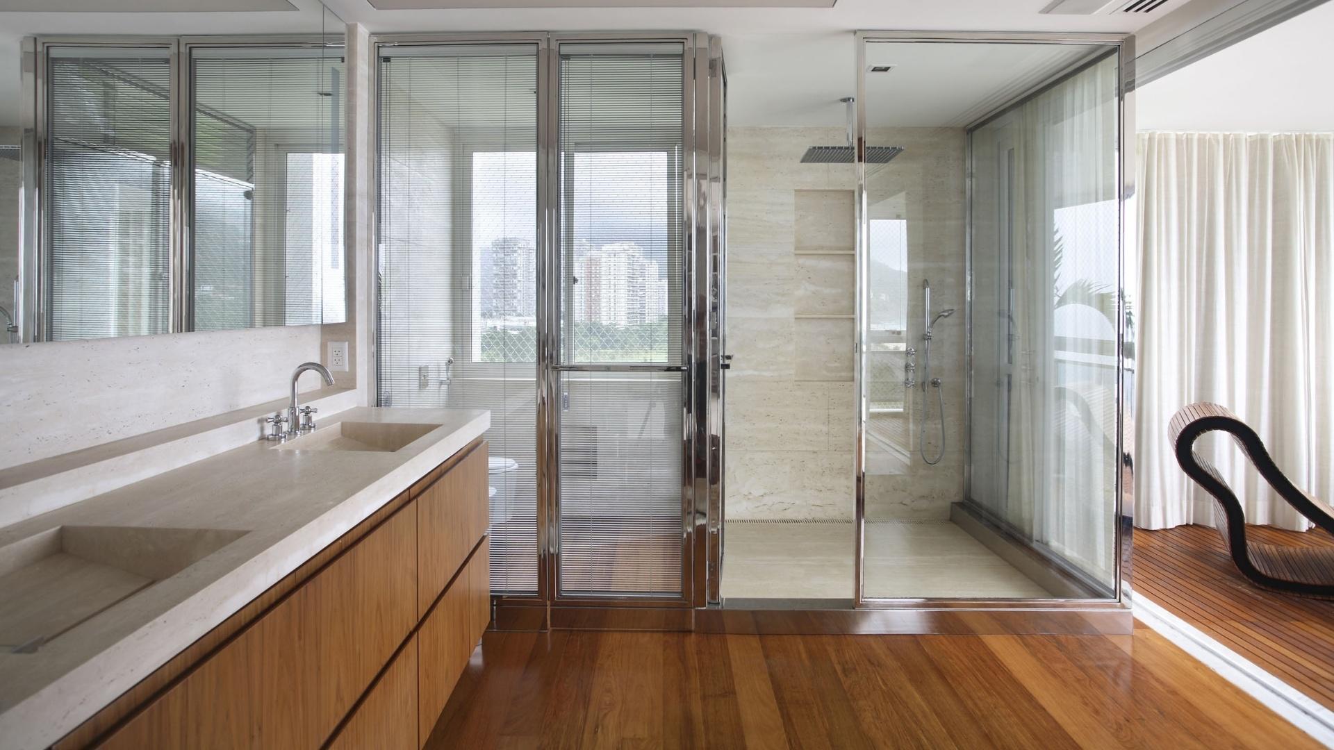 fotos de banheiros de suites pequenas 11 Quotes #6D4629 1920x1080 Balança De Banheiro G Tech