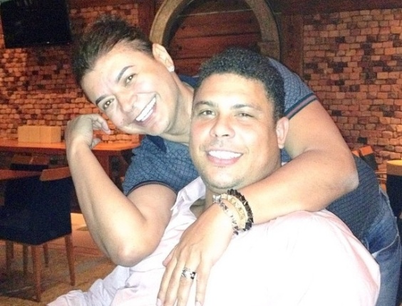David Brazil e o amigo de longa data, o jogador Ronaldo Fenômeno