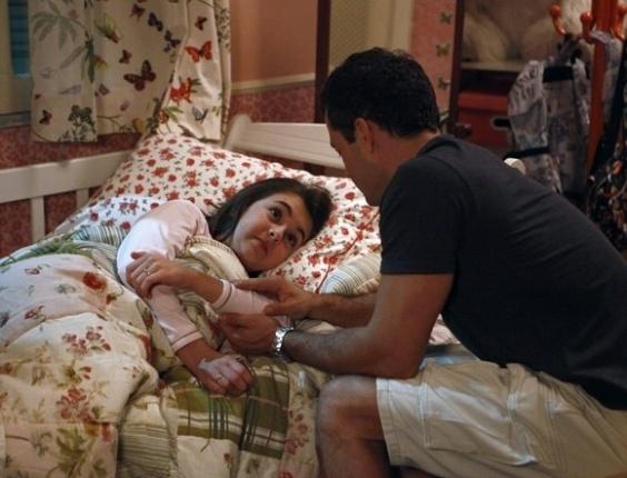 """Em """"Amor à Vida"""", Bruno proíbe Paloma de ver Paulinha"""