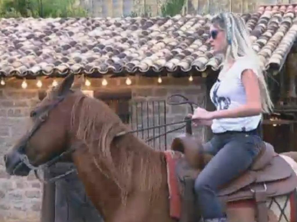 21.jul.2013 - Bárbara mostra sua habilidade na montaria