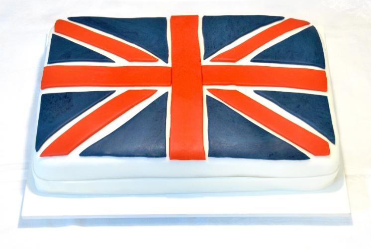 A bandeira da Inglaterra virou bolo, realizado pela Doceria da Lu (www.doceriadalu.com.br)