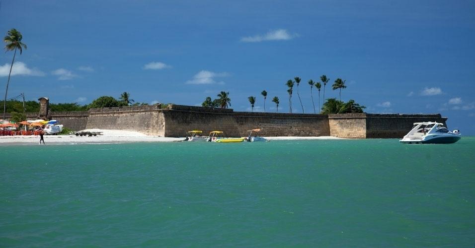 Símbolo da invasão holandesa em Pernambuco, Forte Orange é um dos atrativos da Ilha de Itamaracá