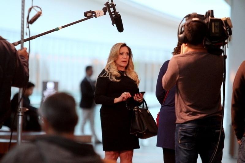 """24.jul.2013 - Susana Vieira gravou cenas de """"Amor à Vida"""" em um shopping da zona oeste do Rio. Na sequência, Pilar (Susana) se encontra com Márcia (Elizabeth Savalla)"""