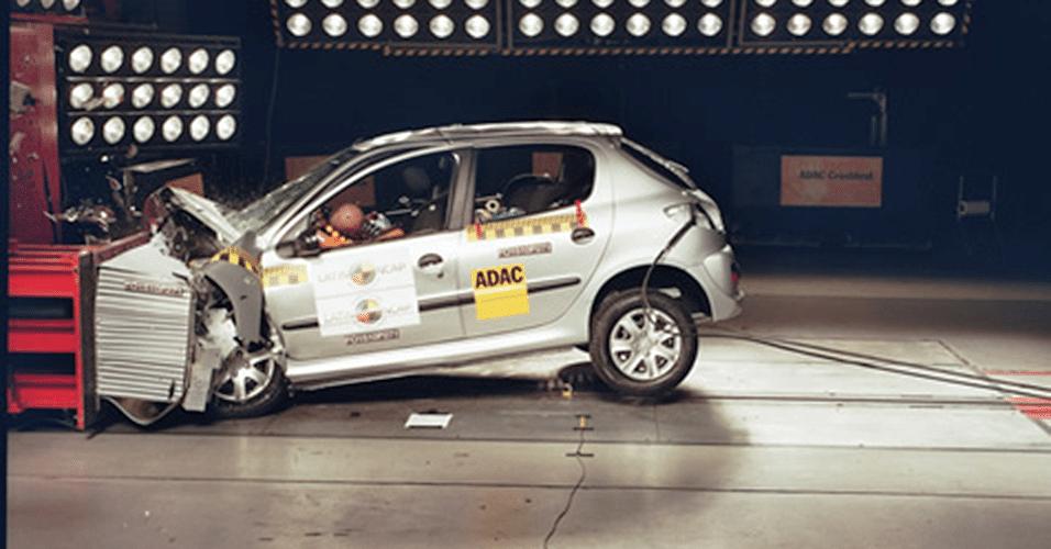 Peugeot 207 1.4 sem airbags