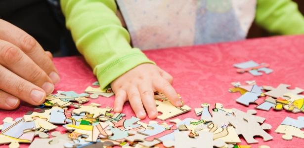 Quebra-cabeças estimulam a coordenação motora, a memorização, a concentração e a estratégia