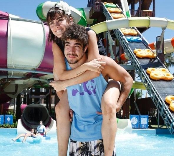 27.jul.2013 - caio castro e maria casadevall em fortaleza