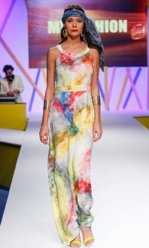 29.jul.2013 - Os longos estampados como o da MX Fashion são clássicos do verão