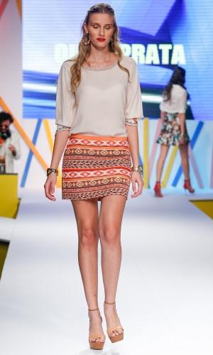 29.jul.2013 - A marca Ouro Prata trouxe a tendência étnica para o desfile no Mega Polo Moda