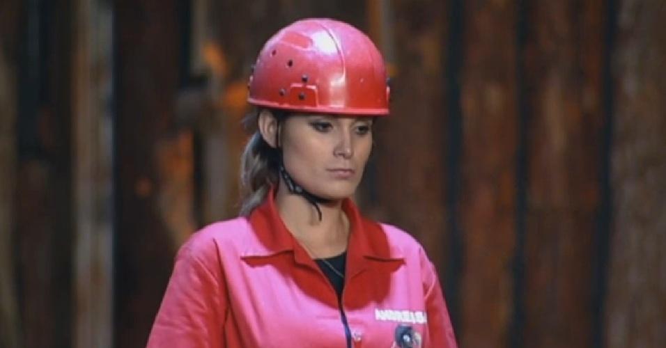 29.jul.2013 - Andressa Urach e Beto Malfacini vencem primeira etapa da prova do fazendeiro