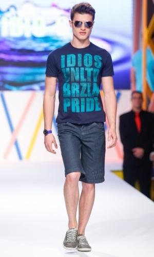 29.jul.2013 - A Idio´s B trouxe um pouco de moda masculina para as passarelas do Mega Polo Moda