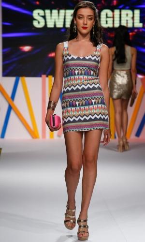 29.jul.2013 - As estampas étnicas foram muito vistas na passarela do Mega Polo Moda. Este modelo é da marca Sweet Girl