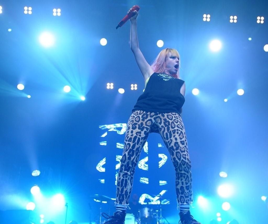 30.jul.2013 - Banda norte-americana Paramore se apresenta no Espaço das Américas em SP