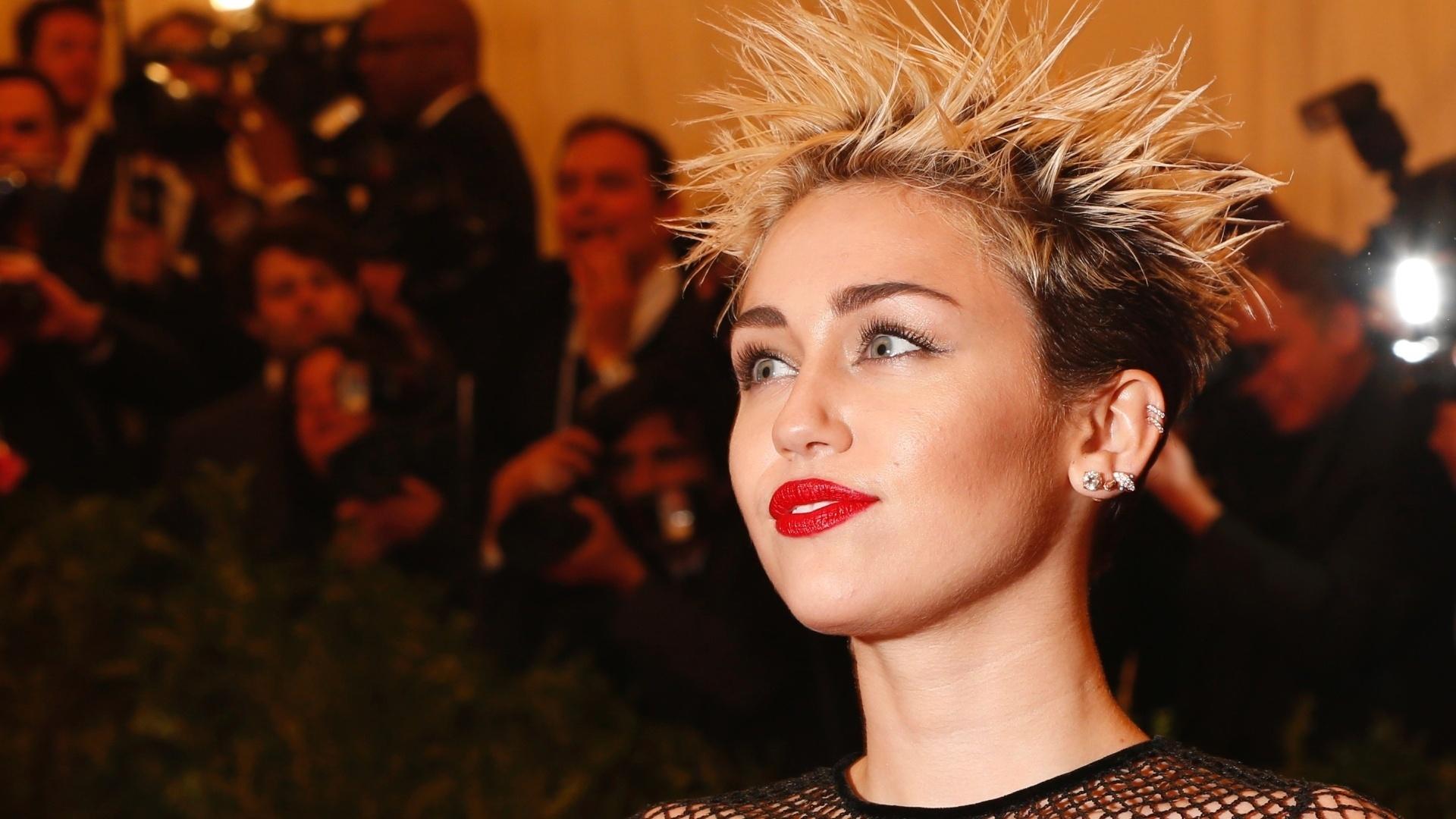 30.jul.2013 - Cyrus protagonizou a série