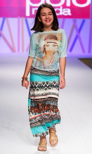 31.jul.2013 - A atriz mirim Klara Castanho desfila no evento do Mega Polo Moda, shopping de atacado de moda localizado no Brás, em São Paulo