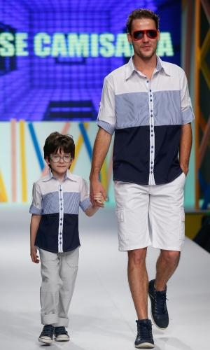 31.jul.2013 - A Osse Camisaria mostrou o look combinando do pai e filho