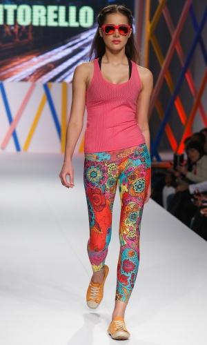 31.jul.2013 - A Vitorello trouxe a moda de academia para a passarela do Mega Polo Moda