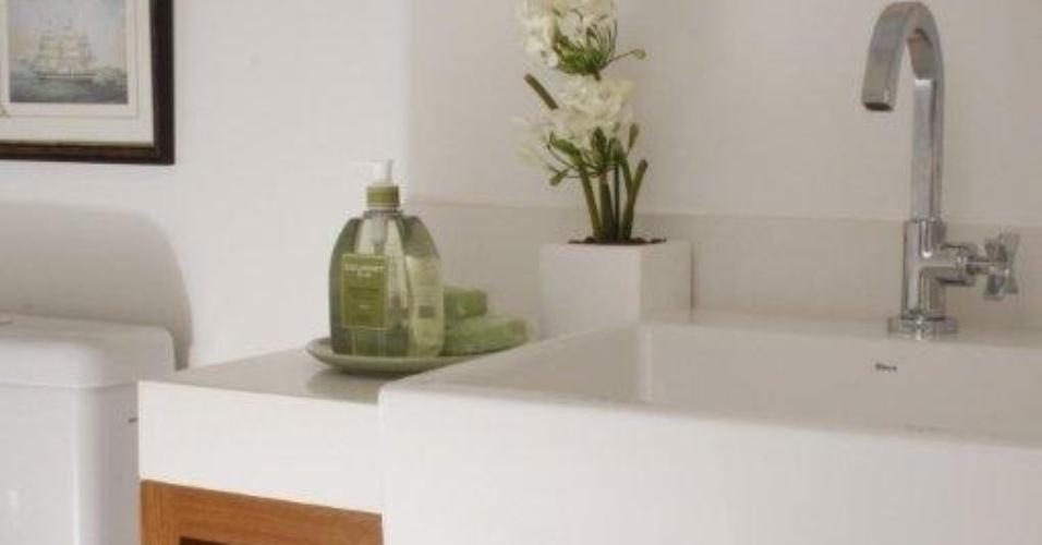 uol decoracao lavabo:lavabo que serve o living apresenta o mesmo estilo rústico chique
