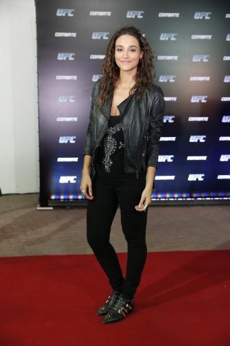 3.ago.2013 - A atriz Débora Nascimento chega para acompanhar o UFC Rio 4