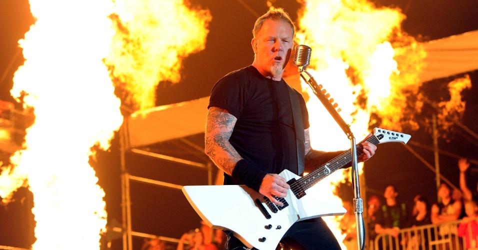 James Hetfield durante apresentação com o Metallica