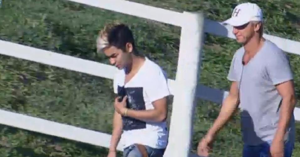 4.ago.2013 - Yudi e Paulo Nunes demonstram preocupação com prova do fazendeiro deste domingo