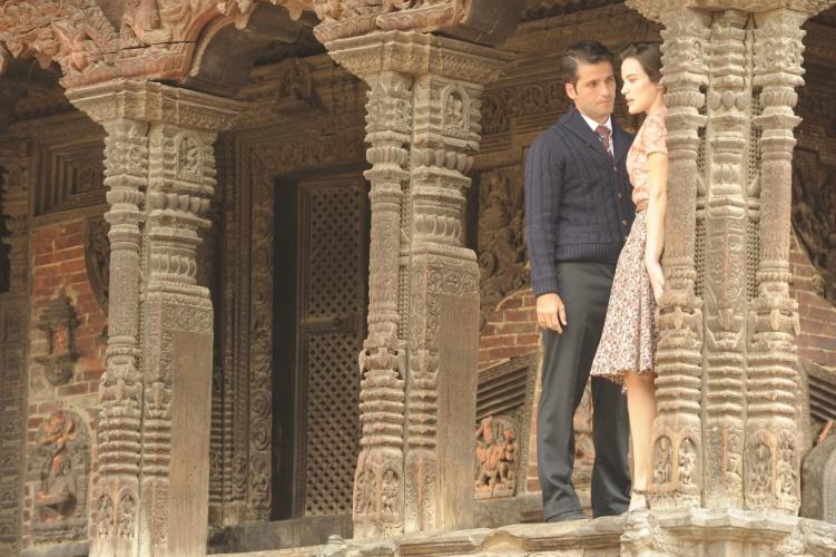 """8.ago.2013 - Bruno Gagliasso e Bianca Bin gravam cenas da próxima novela da seis, """"Jóia Rara"""", no Nepal. Além de Katmandu, foram gravadas cenas nas cidades de Patan e Bhaktapur. Bungamati, uma vila do século XVI, também serviu de locação, assim como o Golden Temple e o Mosteiro de Shechen"""